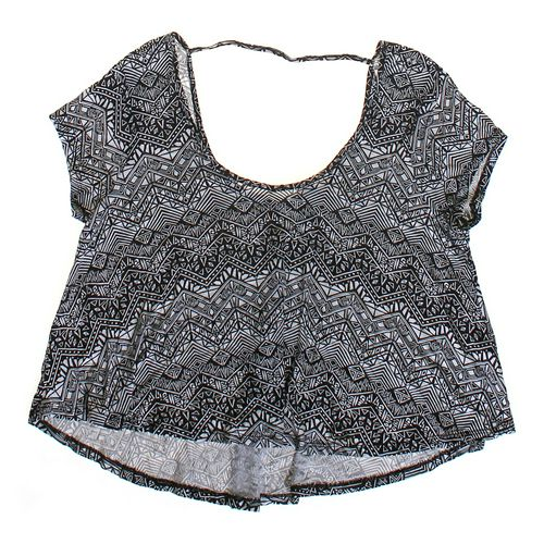 Ultra Flirt Open-back Geometric Patterned Shirt in size JR 13 at up to 95% Off - Swap.com
