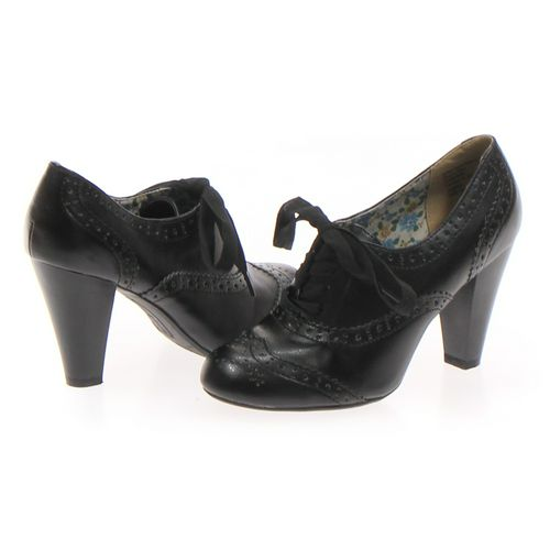 American Eagle Outfitters Oxford in size 6.5 Women's at up to 95% Off - Swap.com
