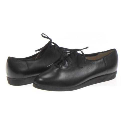 Softspots Oxford in size 9 Women's at up to 95% Off - Swap.com