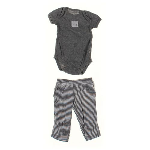 Burt's Bees Pants & Bodysuit Set in size NB at up to 95% Off - Swap.com