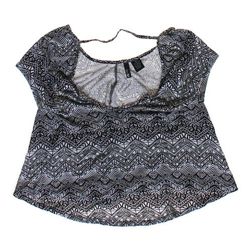 Ultra Flirt Patterned Shirt in size JR 5 at up to 95% Off - Swap.com