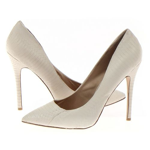 Pumps in size 10 Women's at up to 95% Off - Swap.com