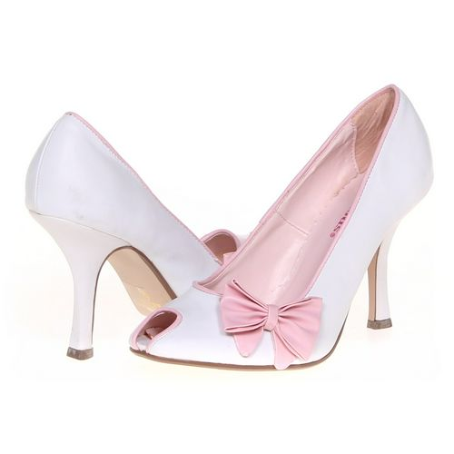 DELICIOUS Pumps in size 5.5 Women's at up to 95% Off - Swap.com