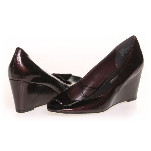 MIDTOWN Pumps in size 6 Women's at up to 95% Off - Swap.com