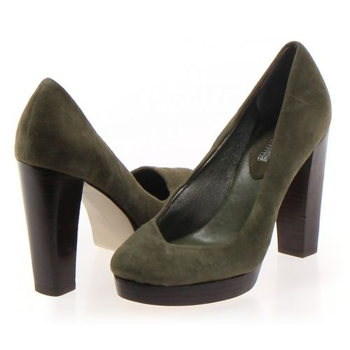 Banana Republic Pumps in size 6 Women's at up to 95% Off - Swap.com