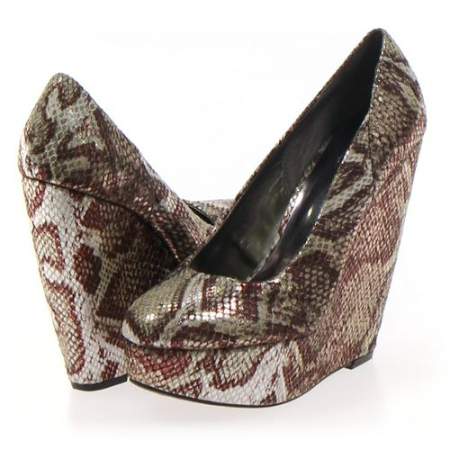 Carlos Pumps in size 6 Women's at up to 95% Off - Swap.com