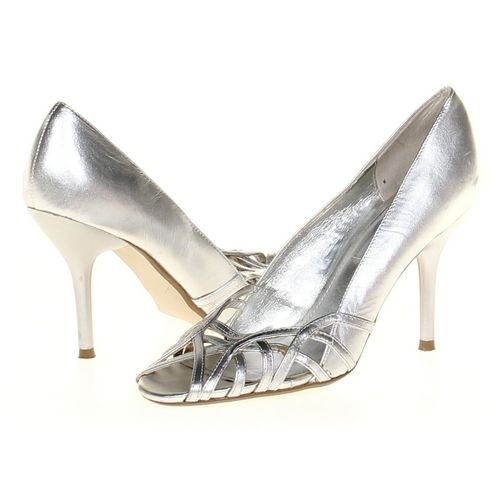 Steve Madden Pumps in size 6.5 Women's at up to 95% Off - Swap.com