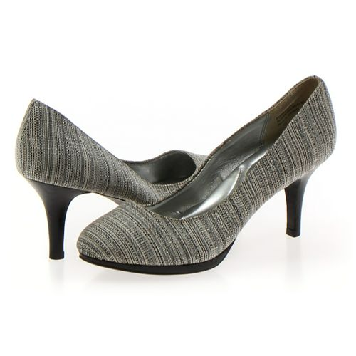Kelly & Katie Pumps in size 6.5 Women's at up to 95% Off - Swap.com