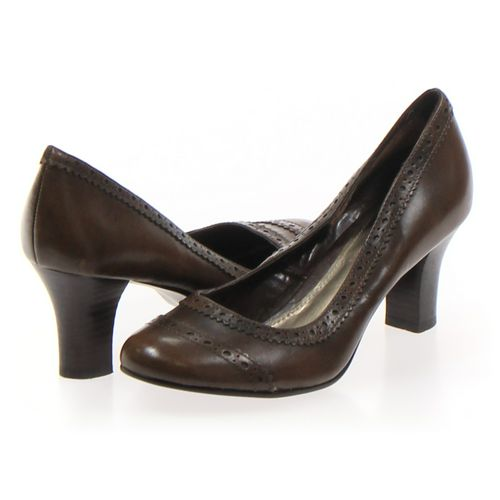 Nine West Pumps in size 6.5 Women's at up to 95% Off - Swap.com