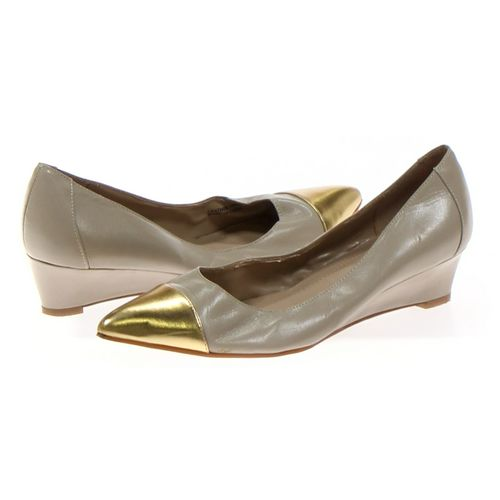 Ellen Tracy Pumps in size 7 Women's at up to 95% Off - Swap.com