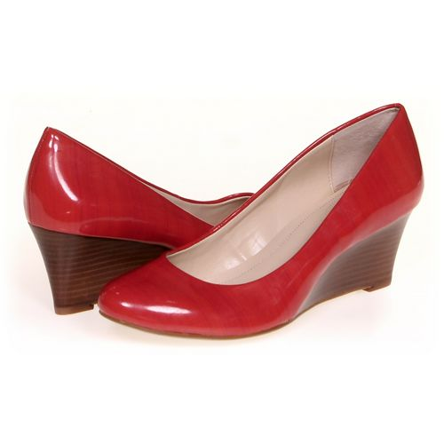 Calvin Klein Pumps in size 7 Women's at up to 95% Off - Swap.com