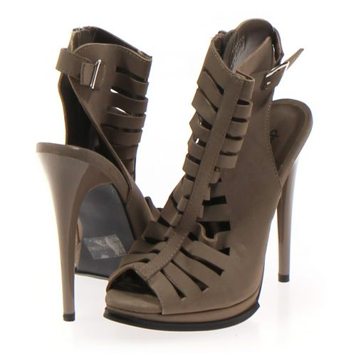 Charlotte Russe Pumps in size 7 Women's at up to 95% Off - Swap.com