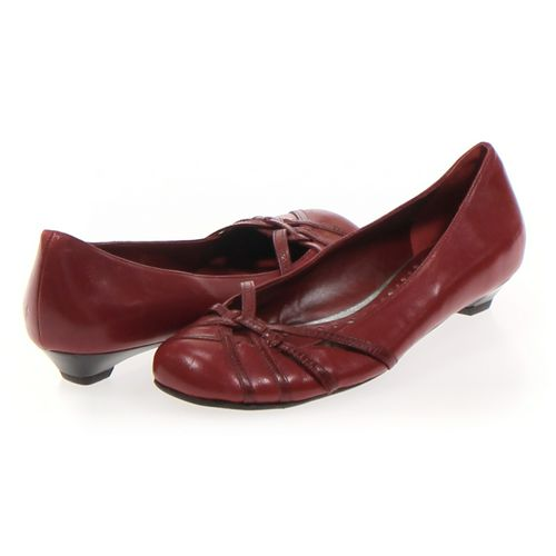 BCBGirls Pumps in size 7 Women's at up to 95% Off - Swap.com