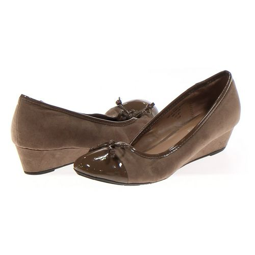 Moontsies Tootsies Pumps in size 7.5 Women's at up to 95% Off - Swap.com