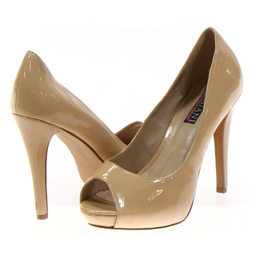 Lumiani Pumps in size 7.5 Women's at up to 95% Off - Swap.com