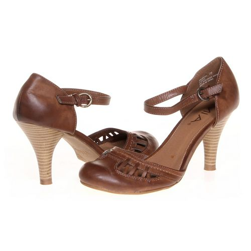 MIA Pumps in size 7.5 Women's at up to 95% Off - Swap.com