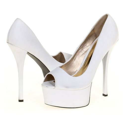 Qupid Pumps in size 7.5 Women's at up to 95% Off - Swap.com