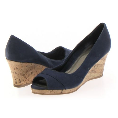 Life Stride Pumps in size 8 Women's at up to 95% Off - Swap.com