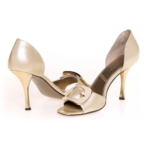 Tahari Pumps in size 8 Women's at up to 95% Off - Swap.com
