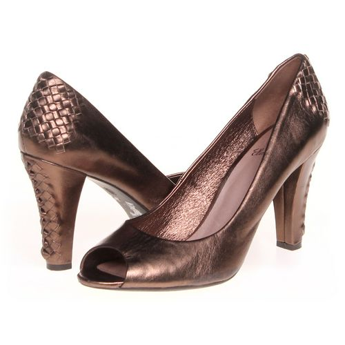 Elliot Lucca Pumps in size 8.5 Women's at up to 95% Off - Swap.com
