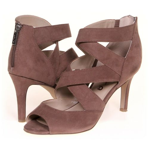 UNISA Pumps in size 8.5 Women's at up to 95% Off - Swap.com