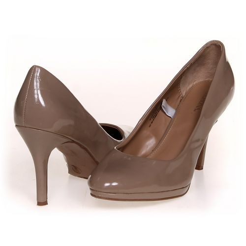 Merona Pumps in size 9 Women's at up to 95% Off - Swap.com