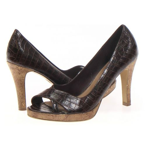 Fioni Pumps in size 9.5 Women's at up to 95% Off - Swap.com