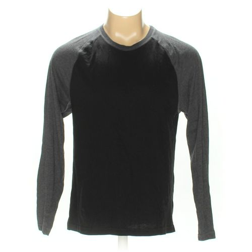 Old Navy Raglan Shirt in size L at up to 95% Off - Swap.com