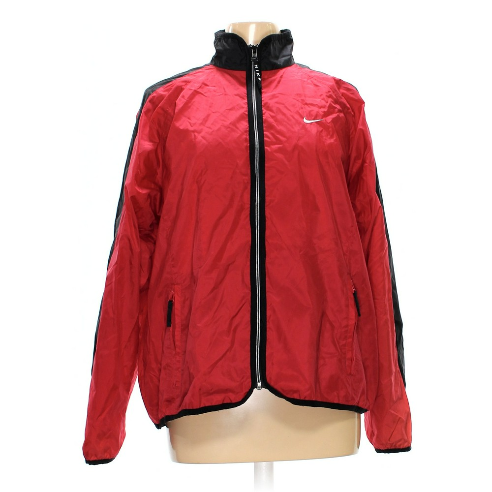 91cacd8a6db67 NIKE Rain Jacket in size M at up to 95% Off - Swap.com