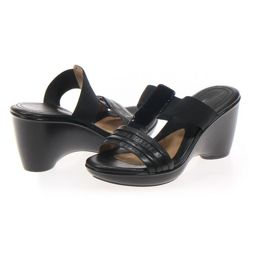 Naturalizer Sandals in size 6 Women's at up to 95% Off - Swap.com