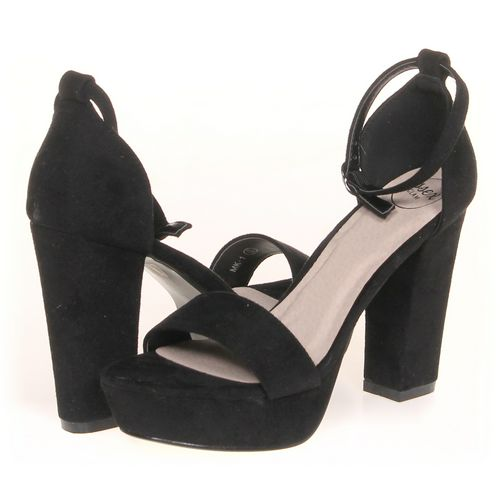 Essex Sandals in size 6 Women's at up to 95% Off - Swap.com