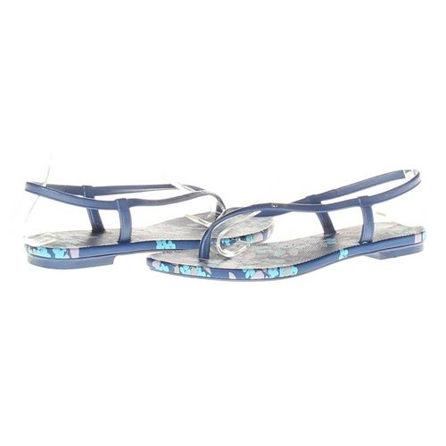 Old Navy Sandals in size 6 Women's at up to 95% Off - Swap.com