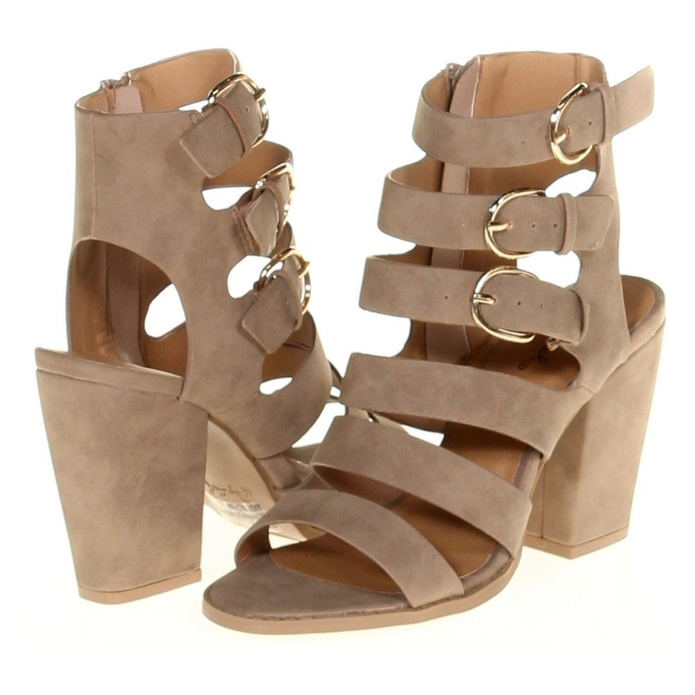 a9e848e5dd3 Qupid Sandals in size 6.5 Women s at up to 95% Off - Swap.com