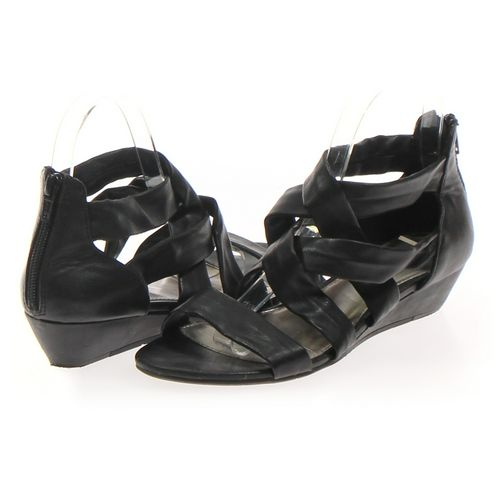 r2 Sandals in size 6.5 Women's at up to 95% Off - Swap.com