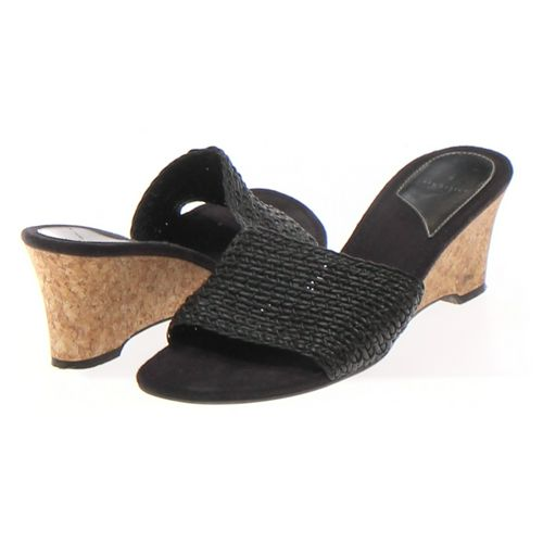 Life Stride Sandals in size 7 Women's at up to 95% Off - Swap.com