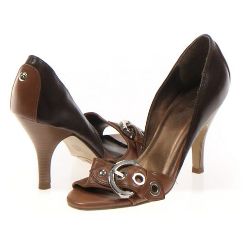e65ac8cc5b72 Brown Merona Sandals in size 7 Women s at up to 95% Off - Swap.com