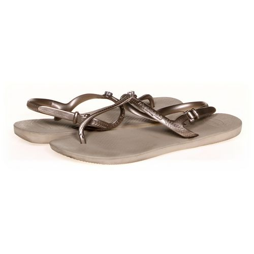 Havaianas Sandals in size 7 Women's at up to 95% Off - Swap.com