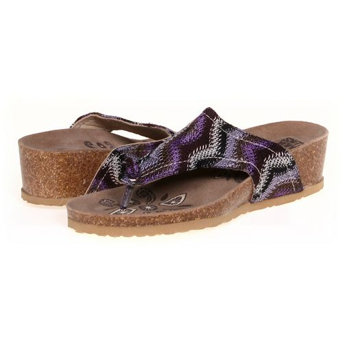 MUK LUKS Sandals in size 8 Women's at up to 95% Off - Swap.com