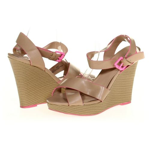 Sbicca Sandals in size 8 Women's at up to 95% Off - Swap.com