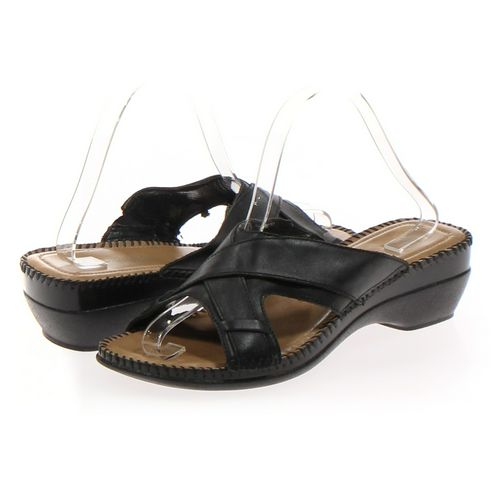 St. John's Bay Sandals in size 8.5 Women's at up to 95% Off - Swap.com