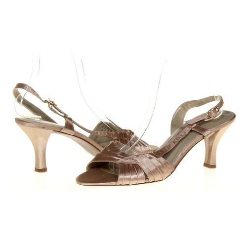 Liz Claiborne Sandals in size 9 Women's at up to 95% Off - Swap.com