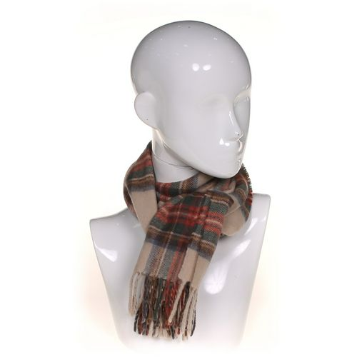 Banana Republic Scarf at up to 95% Off - Swap.com