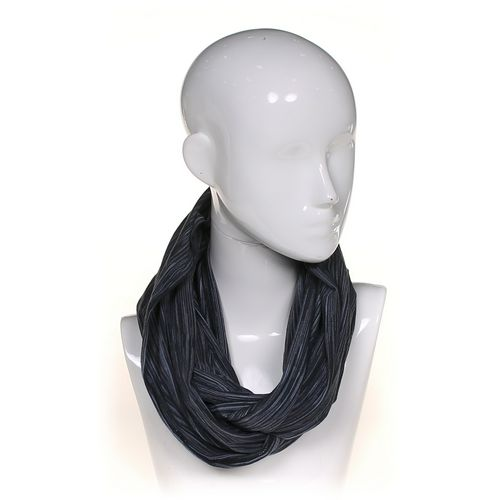 Champion Scarf at up to 95% Off - Swap.com