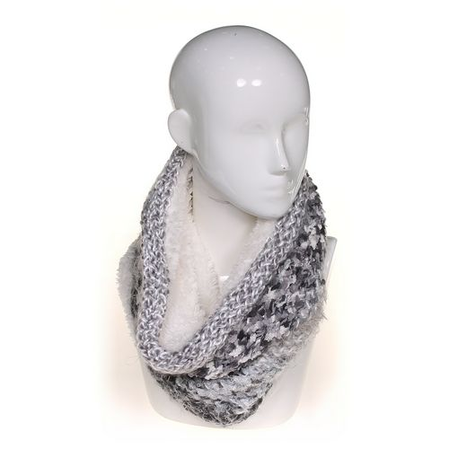 Sonoma Scarf at up to 95% Off - Swap.com