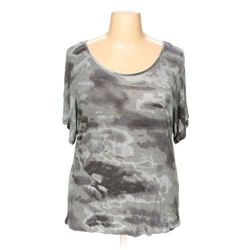 ELENA SOLANO Shirt in size 2X at up to 95% Off - Swap.com
