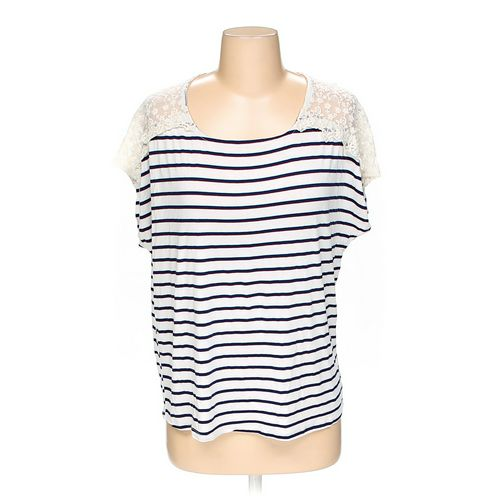 Forever 21 Shirt in size S at up to 95% Off - Swap.com
