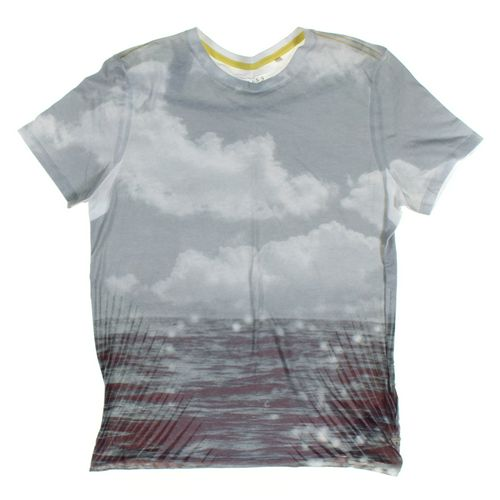 GUESS Short Sleeve T-shirt in size M at up to 95% Off - Swap.com