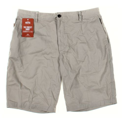 "Dockers Shorts in size 34"" Waist at up to 95% Off - Swap.com"