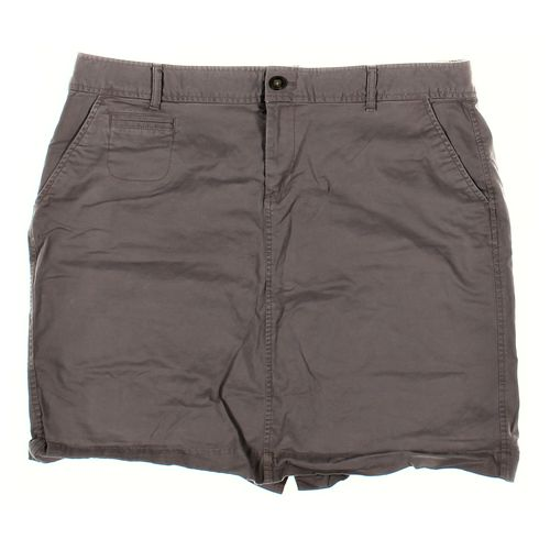 Old Navy Shorts in size 16 at up to 95% Off - Swap.com
