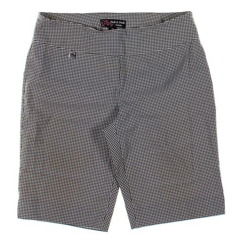 Peck & Peck Shorts in size 10 at up to 95% Off - Swap.com